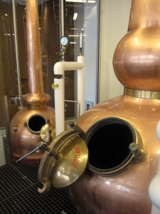 Gin still (left) and spirit still (right)